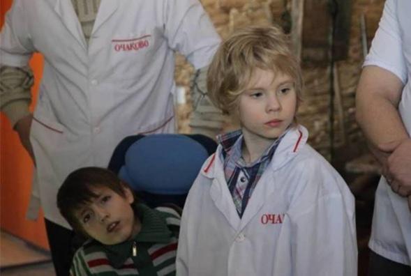 Appel urgent au secours des enfants orphelins et handicapés lancé par l'ACER-RUSSIE et Lina Saltykova responsable de l'association « Miloserdie detiam » créée à Moscou