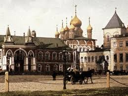 Les fouilles menées au Kremlin de Moscou ont permis de retrouver les fondations du monastère du Miracle du prince des archanges (Tchudov monastyr')