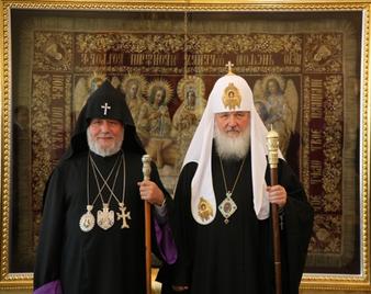 Le catholicos des Arméniens, premier primat à visiter Moscou depuis l'élection du patriarche Cyrille