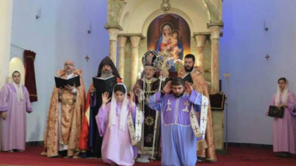 Iran: Ordination historique d'une diaconesse au sein de l'Eglise arménienne apostolique