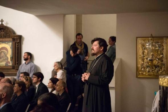 « Les voix de l'unité » futurs prêtres catholiques et orthodoxes chantent pour la reconstruction d'églises en Syrie