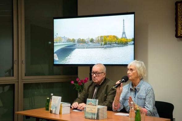 La présentation du livre de Xénia Krivochéine « Des bulbes d'or dans le ciel de Paris »
