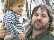 Alexandre Guezalov : « Il faut arrêter de plaindre les orphelins mais en Russie, un enfant sur cent est orphelin »