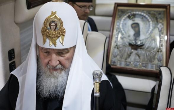 Le patriarcheCyrille traversera Moscou portant l'icône de la Mère de Dieu de Tendresse  devant laquelle avait prié SaintSéraphin de Sarov