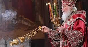 Le jour de Radonitsa, le patriarche Cyrille a prié pour les membres du clergé récemment décédés
