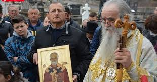 L'évêque Amfilohije, qui dirige l'église au Monténégro, s'est ouvertement retourné contre le gouvernement à cause de la loi sur la propriété.