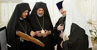 Rencontre de Sa Sainteté le Patriarche Cyrille avec une délégation du Patriarcat de Constantinople