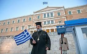 Dans l'Eglise de Grèce le problème de la pénurie de clergé s'aggrave