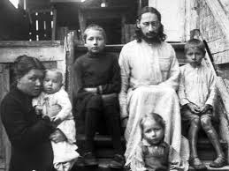 """Il y a 81 ans le père Paul était exécuté dans le camp des Solovki: """"le Père Paul (Pavel) Florensky et ses enfants"""""""