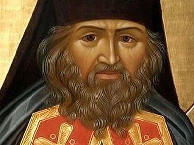 « Je ne souhaite nullement que l'Eglise russe à étranger perde son identité » : une interview du père Pierre Perekrestov