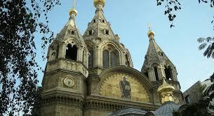 Environ 15% des paroissiens de l'Archevêché  russe ont refusé de rejoindre l'Église orthodoxe russe