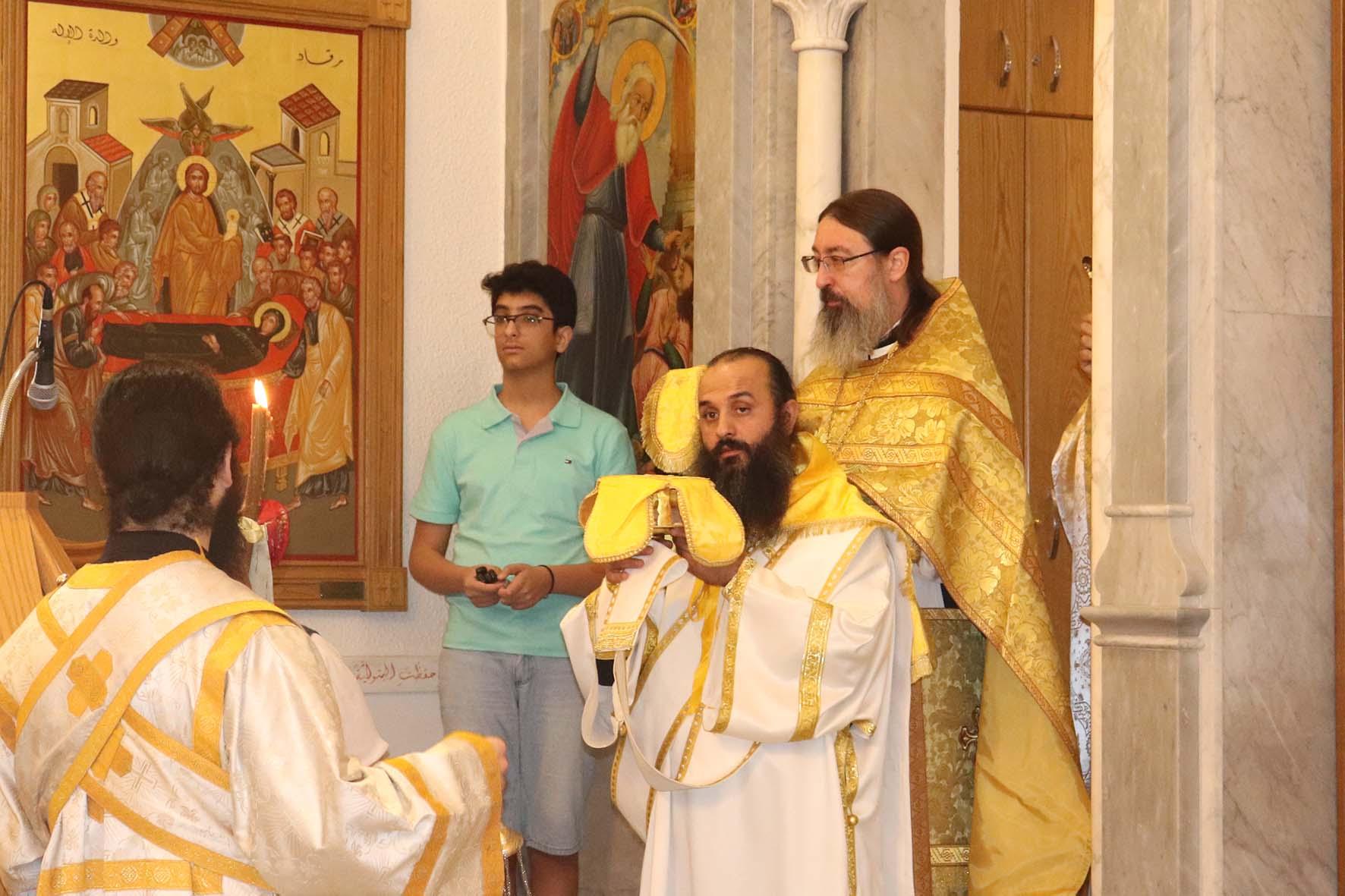 """Archimandrite Philippe (Vasiltsev): """"Dans cette situation, ils n'étaient pas censés rester en vie, mais le Seigneur les a sauvés"""""""