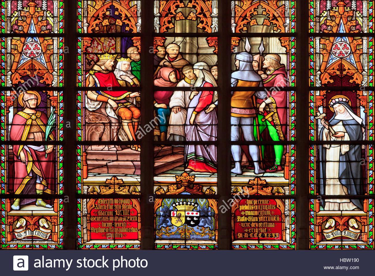 Sainte Gudule de Bruxelles : 650 - décédée entre 680 et 714
