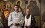 Le prêtre Nikolaï Tikhonchuk et le diacre Marc Andronikof, des professionnels de la santé, ont été décorés de médailles de l'Église orthodoxe russe « Gratitude patriarcale » pour leur lutte contre l'épidémie de coronavirus