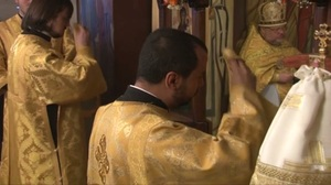 Vidéo: fête patronale de l'église des Trois-Saints-Docteurs à Paris (12 février 2012)