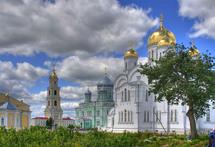 Une délégation de l'Eglise orthodoxe de Finlande s'est rendue au monastère de Divéévo