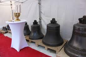 Les 10 cloches de la nouvelle cathédrale orthodoxe quai Branly ont été installées