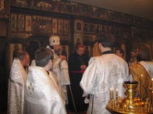 Les chrétiens de Paris prient pour le repos de l'âme du patriarche Alexis