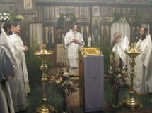 Prière à Paris pour le patriarche Alexis le quarantième jour après son décès