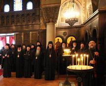 Rencontre entre les représentants des Eglises orthodoxes russe et serbe