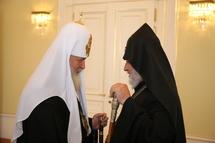 Rencontre entre le patriarche de Moscou et le catholicos des Arméniens