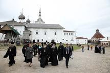 """Le patriarche Cyrille aux Solovki: """"C'est ici que le plus grand crime de l'histoire de notre pays a été commis"""""""