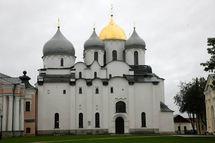 Visite patriarcale à Novgorod