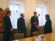 Rencontre entre l'archevêque Hilarion de Volokolamsk et Mgr Eric de Moulins-Beaufort