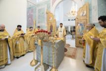 Mgr Nestor a célébré la Divine liturgie en l'honneur de son saint patron