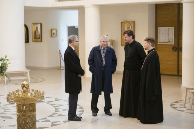 La rencontre entre l'ambassadeur de la Fédération de Russie Alexeï Mechkov et l'évêque de Chersonèse Nestor