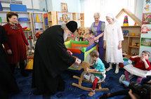Le jour de Pâques le patriarche Cyrille a visité le pensionnat pour enfants handicapés