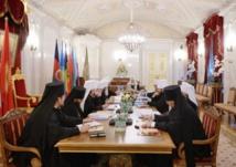 Monseigneur Nestor, évêque de Chersonèse,  a pris part à la réunion du Saint Synode