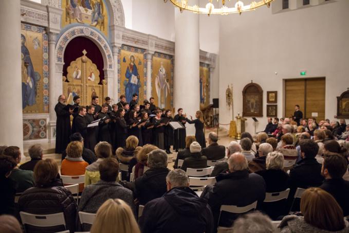 Concert de deux choeurs orthodoxes dédié à la fête de la Nativité du Christ et à la deuxième anniversaire de l'ouverture de la cathédrale