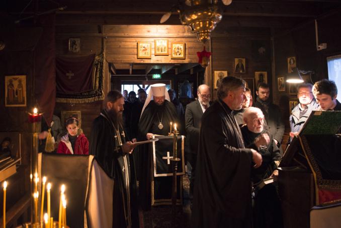 Mgr Jean a présidé la célébration des Grandes Complies avec la lecture du canon de st. André de Crète en l'église des Saints-Constantin-et-Hélène à Clamart