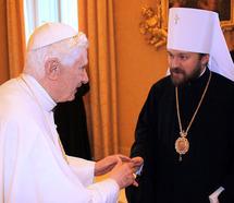 Le métropolite Hilarion reçu par le pape Benoît XVI