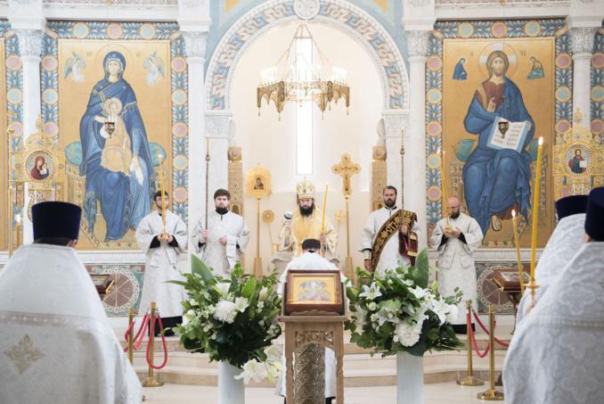 Mgr Antoine, métropolite de Chersonèse et d'Europe occidentale, a célébré les Vigiles du 10eme dimanche après la Pentecôte