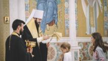 Mgr Antoine, métropolite de Chersonèse et d'Europe occidentale, a célébré un office d'intercession pour les élèves de l'école paroissiale de la cathédrale de la Sainte-Trinité