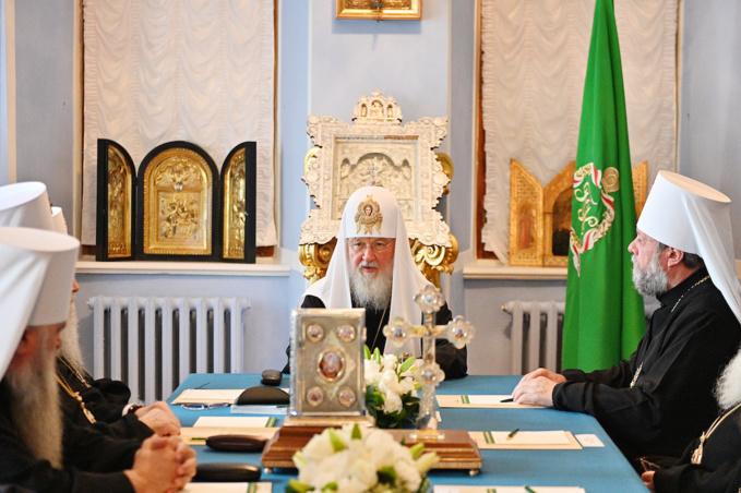 Le Saint Synode a défini la forme d'organisation canonique de l'Archevêché des églises de tradition russe au sein du Patriarcat de Moscou