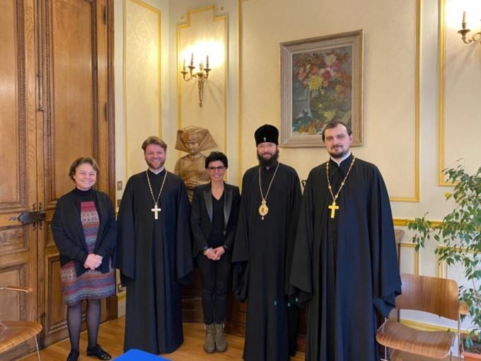 Monseigneur Antoine a rencontré le maire du VII arrondissement de Paris Rachida Dati