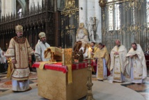 Liturgie orthodoxe à la cathédrale d'Amiens