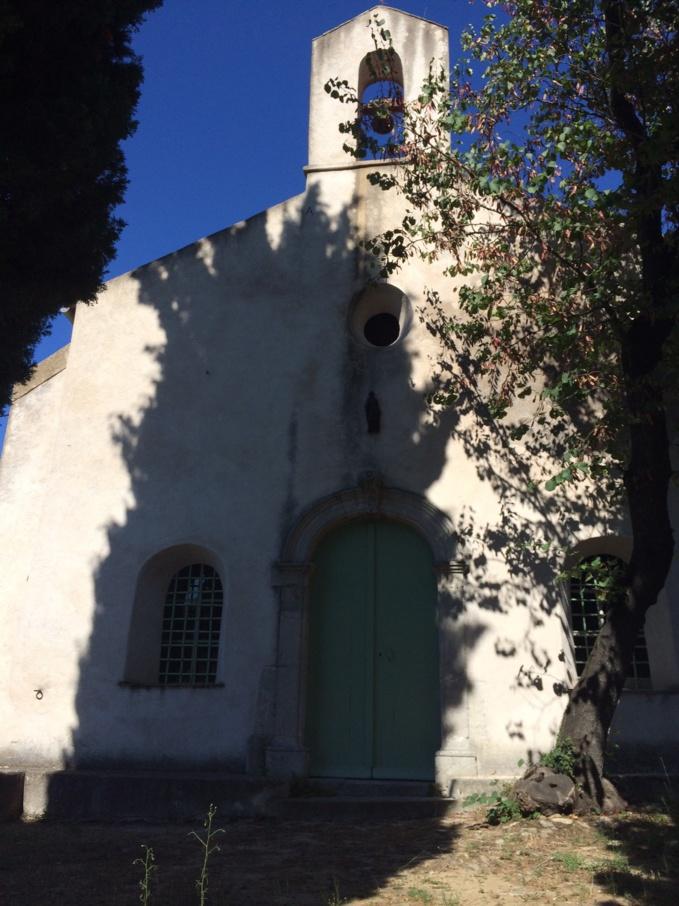 L'évêque Nestor a célébré une liturgie à la chapelle Saint-Joseph de Saint-Tropez