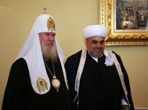 Le patriarche Alexis répond à la lettre des théologiens musulmans et souhaite renforcer le dialogue avec l'islam