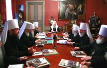 Le Saint-Synode du patriarcat de Moscou apporte son soutien à l'Eglise serbe