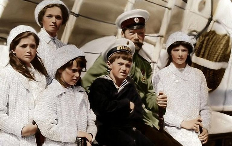 """Annonce : Colloque franco-russe """" La Maison Romanov et sa place dans les relations humanitaires russo-européennes """""""