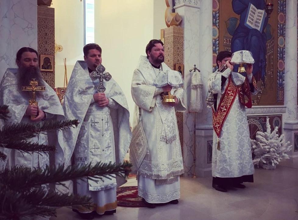 La Synaxe de la Mère de Dieu: le métropolite Jean a célébré la Divine Liturgie