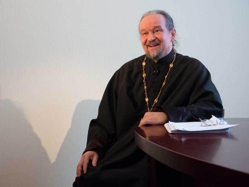Prêtre Nicolas Nikichine