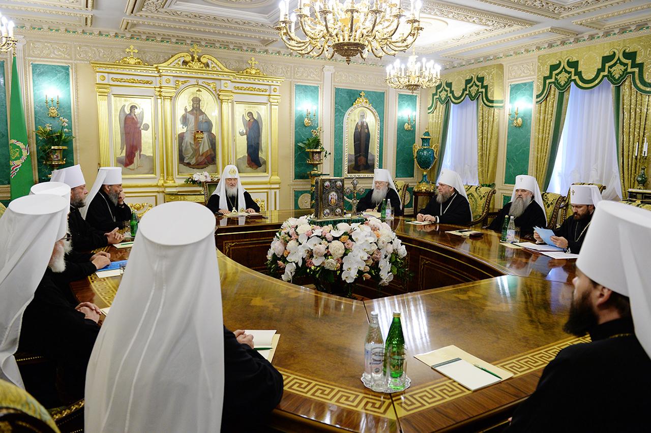 Déclaration du Saint-Synode à propos de la situation autour du refus de plusieurs Églises orthodoxes locales de participer au Grand Concile de l'Église orthodoxe