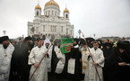 Près de 100 000 personnes sont venues rendre un dernier hommage au patriarche Alexis