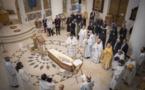 Les funérailles de l'Archimandrite Barsanuphe, célébrées en la cathédrale de la Sainte Trinité à Paris et son enterrement au monastère de l'icône de la Mère de Dieu de Korsoun