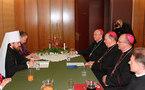 Le métropolite Hilartion se rend au siège de la Conférences des évêques catholiques de Pologne